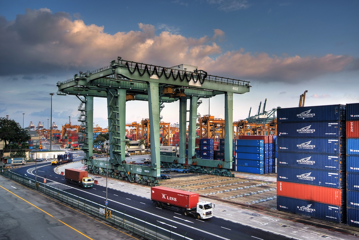 ports, data, port, traffic, truck, movement, delay management, unload, ship, dock, sensor, time, tracked, efficient, efficiency
